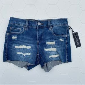 Blank NYC  The Essex Classic Cut Off Shorts 24